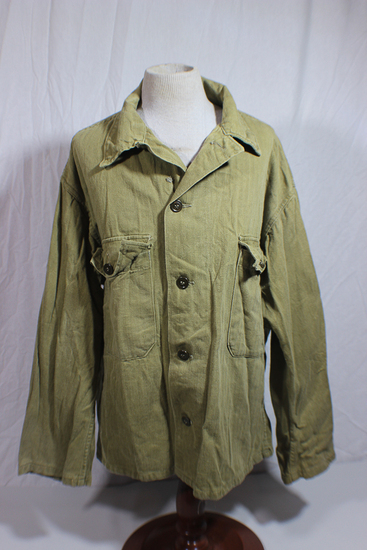 US Late WW2 HBT Herringbone Twill Combat Utility Jacket.