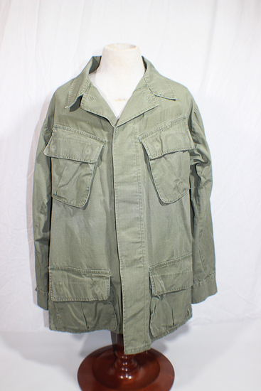 US Vietnam Poplin Rip Stop Jungle Jacket. Size Small Regular. 1968.