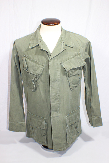 US Vietnam Poplin Rip Stop Jungle Jacket. Size Small Regular. 1969.