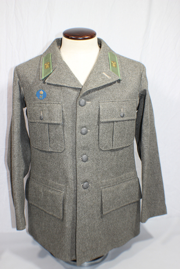 WW2 Swedish Sweden Army Wool Uniform Jacket. 1940 Dated. W/ Insignia. Very Fine Condition.