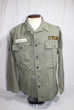 US WW2 HBT Herringbone Twill Combat Utility Jacket. 13 Star Steel Buttons. Later Reissue