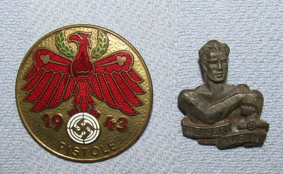 2pcs-Gold Grade 1943 Tirol Pistole Shooting Badge-WHW Wien Pin