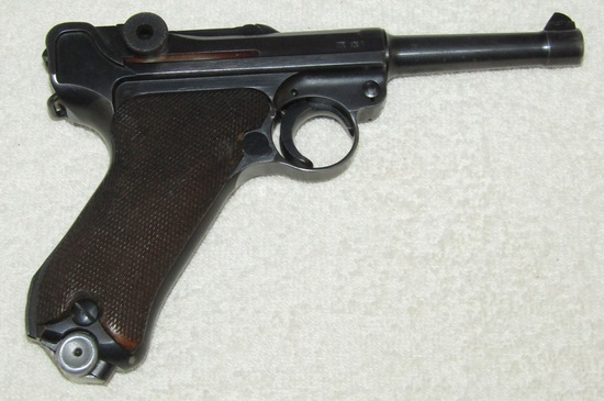 1940 Issue Luger With Mauser 42 Code-Scarce Matching Number Clip