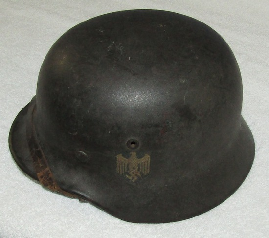 M40 Single Decal Wehrmacht Helmet With Liner/Chin Strap-EF64