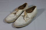 US WW2 Or Later USMC Marine Corps White Officer's Dress Shoes.