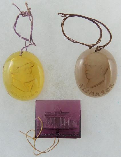 3 pcs. WWII German WHW Glass German Tinnies