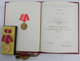 DDR East German1987 Kampfgruppen der Arbeiterklasse 20 Year Gold Medal Award Grouping