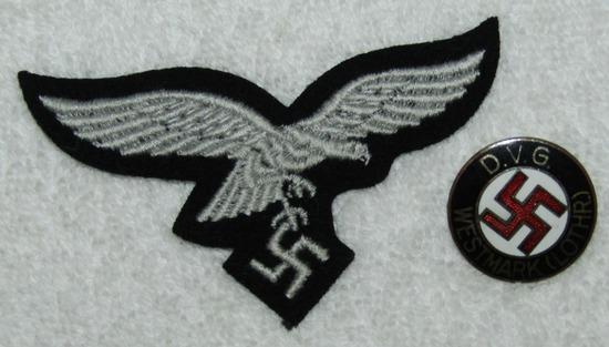2pcs WW2 Period Hermann Goring Division Luftwaffe M43 Cap Eagle-D.V.G. Westmark Member Pin