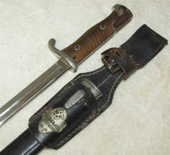 "Scarce WW1 Imperial German S98 Long Bayonet Frog Has ""Deutschland Erwache!"" Insignia"