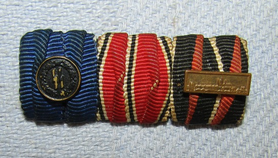 3 Place Parade Mount Ribbon Bar With SS 4 Year Service Device-Anschluss and Czech  Ribbons