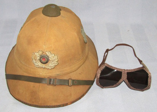 1st Pattern German Soldier Tropical Pith Helmet With Wreath Device-Goggles