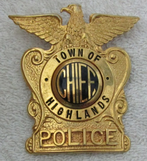 "Ca. 1960-70's ""TOWN OF HIGHLANDS, N.C. POLICE CHIEF"" Cap Badge"