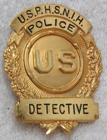 """Ca. 1950-60's """"U.S.P.H.S.N.I.H. POLICE DETECTIVE"""" Badge-Rare Example!"""
