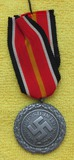 Heavy Version Luftschutz Service Medal With Spanish Volunteer Medal Ribbon