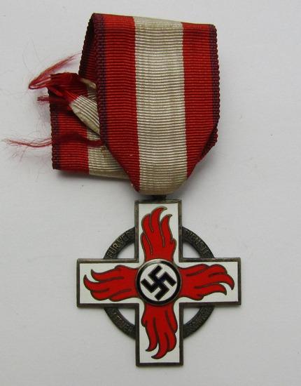 WW2 Period 2nd Class Fire Brigade Service With Ribbon