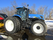 2008 New Holland Model T-7040 MFWD Diesel Tractor,