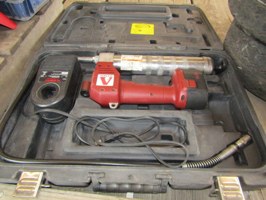 251. Alemite 114 Volt Cordless Grease Gun with Charger & Case, Sales Tax Applies