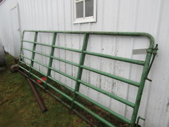 192. 12 FT. Farm Gate