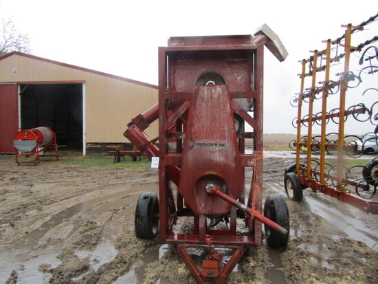 213. Frontier Grain Vac With Several Feet of Hose