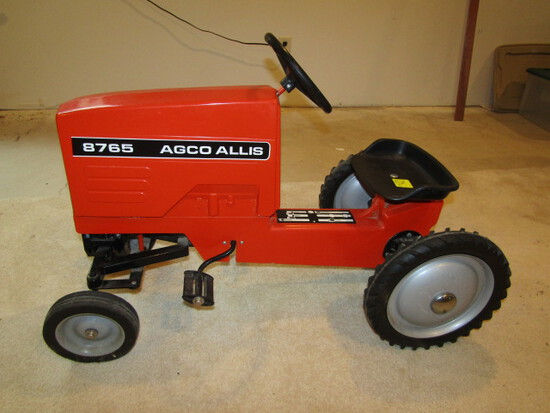 701. 1/8 scale Dyersville Agco -Allis 8765 Pedal Tractor