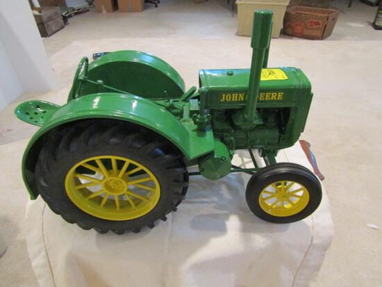 703. Dyersville 1/8 Scale John Deere All Metal Model D Spoke Wheels