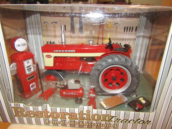 711. Ertl Precision IH 460 Restoration Tractor in Box