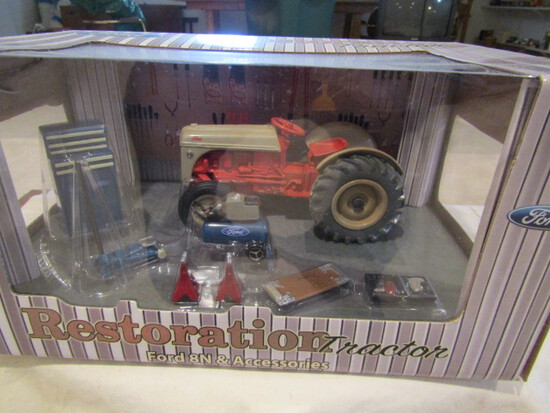 712. Ertl Precision Ford 8N with Accessories