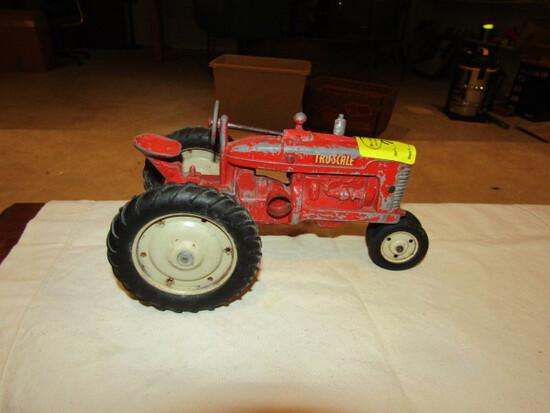 716. Tru-Scale All Metal Tractor ( Steering Pedestal Loose)