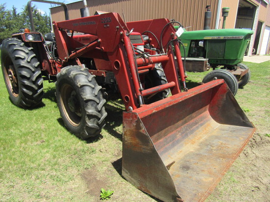 Large Clearwater MN  Tractor, Skid Loader Auction