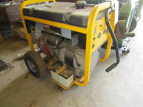 155. Generax 4000 Watt Gas Powered Generator