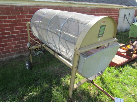 510. Lindsay-Snoco Portable Grain Cleaner, Auger, Motor