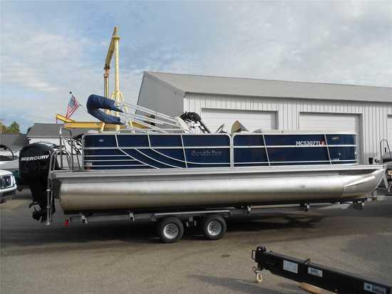 2012 South Bay Model: 555 CR. VIN:FRU22630C212. Hours: 205. This boat is located in Grand Rapids, MI