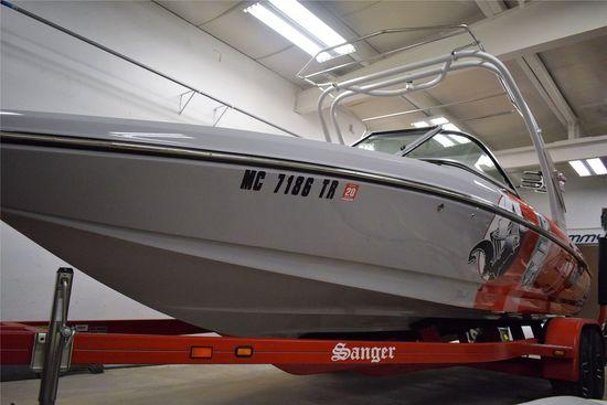 2013 Sanger Model: 215 XTZ. VIN:SANRX195H213. Hours: 218. This boat is located in Grand Rapids, MI.