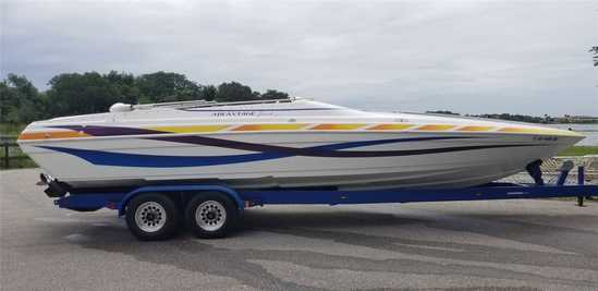 2002 Advantage Model: 30 Victory. VIN:AVI30942G102. Hours: 600. This boat is located in Clermont, FL