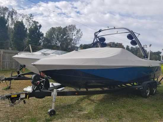 2011 Malibu Model: 247 LSV. VIN:MB2W3644C111. Hours: 500. This boat is located in Waterford Township