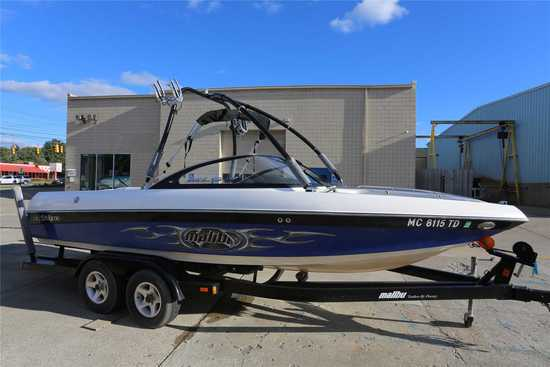 2004 Malibu Model: XTi. VIN:MB2T3368D404. Hours: 400. This boat is located in Waterford Township, MI