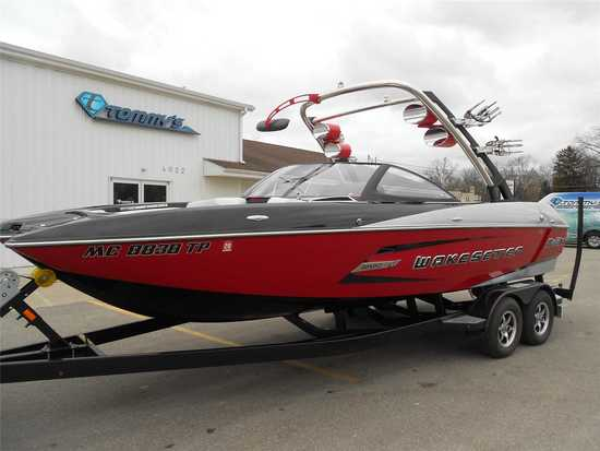2014 Malibu Model: Wakesetter 22 MXZ. VIN:MB2M9439L314. Hours: 214. This boat is located in Grand Ra
