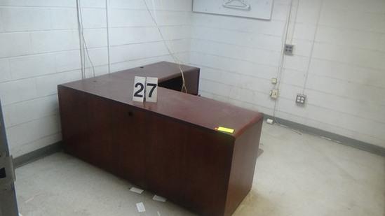 """L"" Desk Wood"