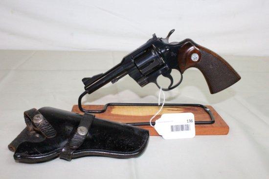 """Colt """"Trooper"""" .357 Magnum 6-Shot Revolver w/4"""" Barrel."""