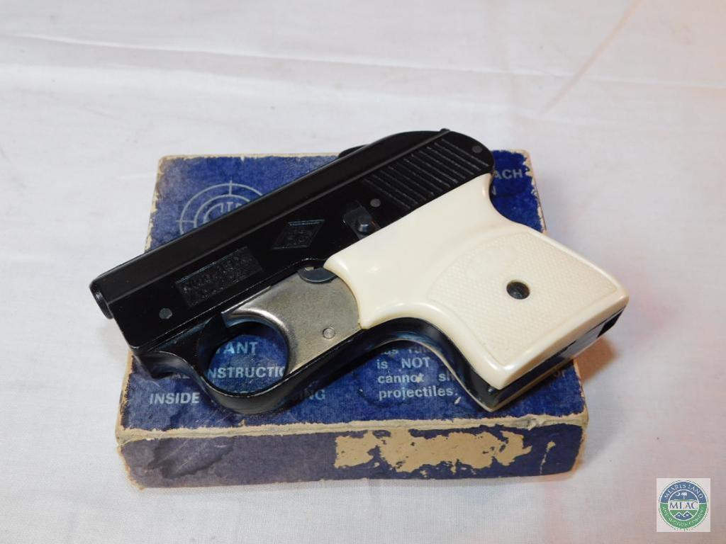 Lot: EIG Mondial #19X  22 Crimped Blank Pistol | Proxibid