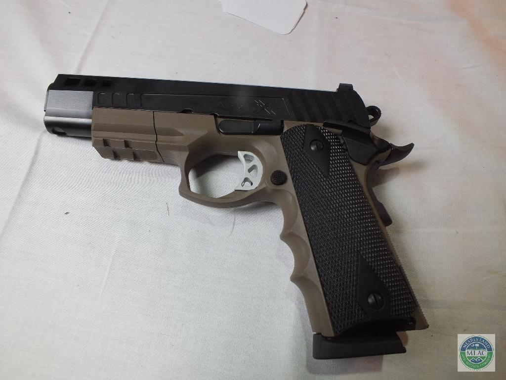 Lot Ati American Tactical 45acp45 Hybrid Pistol Proxibid Auctions