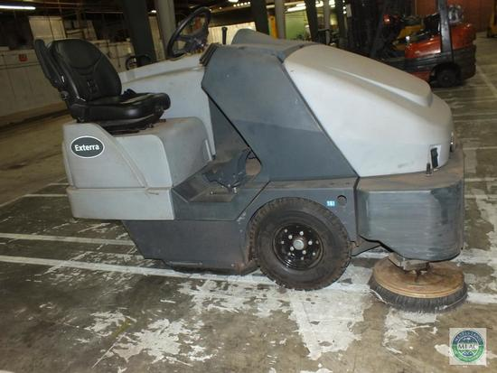 Advance Exterra 6340 Ride On Sweeper (late pickup)