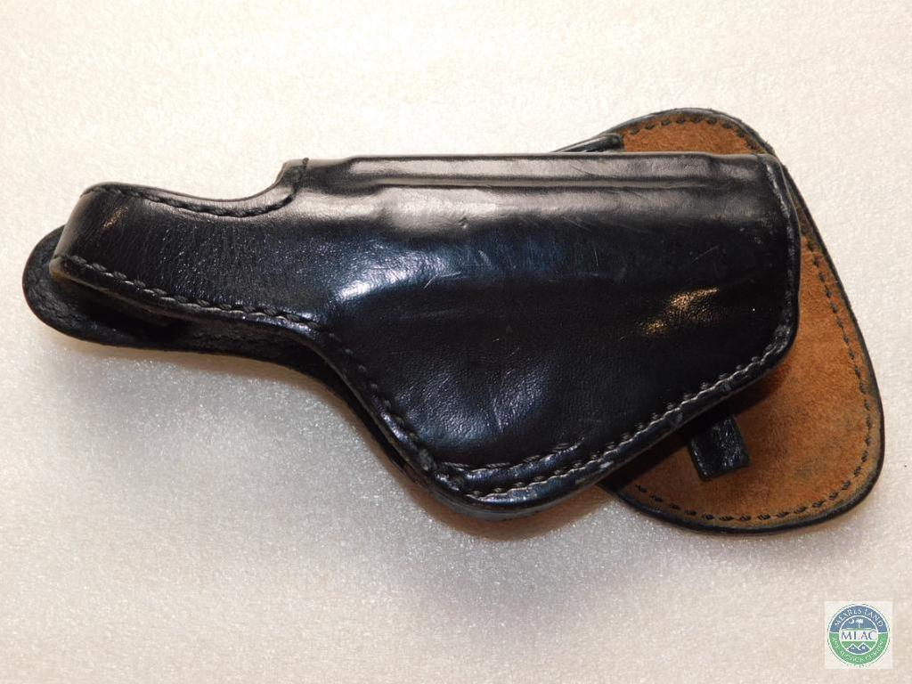 Lot: Leather Don Hume Thumb Break Holster for Sig P232