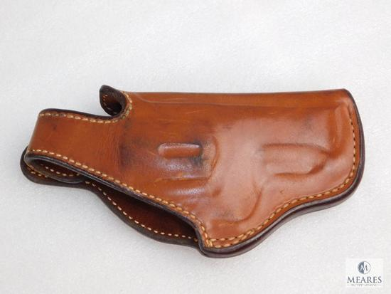 "Bianchi leather thumb break holster fits 2-1/2"" S&W .38/.357 magnum"