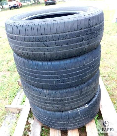 Set of 4 Used Tires Goodyear P255/60R19 108H