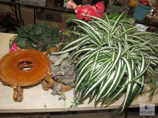 Lot 2 Pottery Planters, Wood Stand, Faux Plants & Wicker Wreaths