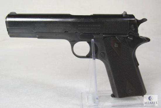 Colt 1911 Government Model .45 Auto Semi Auto Pistol