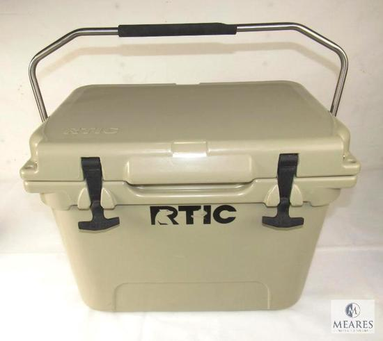 Rtic Cooler 20 in Tan Holds up to 24 Cans + Ice w/ Carrying Handle