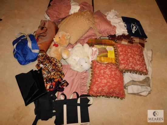 Lot linens, Stuffed animals, Pillows, Gym bags, and Blankets