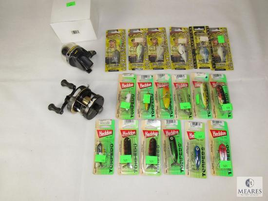 Lot 18 New Lucky Craft & Bandit Fishing Lures + Shakespeare Sigma Reel and New HT 1000 Reel